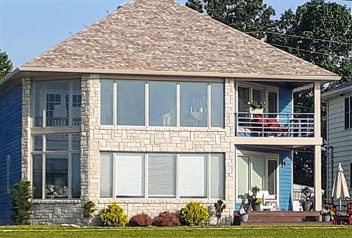 Photo of 12978 W Bank Drive NE, Millersport, OH 43046 (MLS # 221041995)