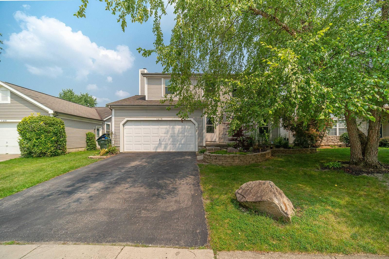 Photo of 1475 Clovenstone Drive, Worthington, OH 43085 (MLS # 221027995)