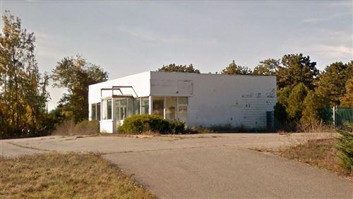Photo of 1 Otis Park Drive, Buzzards Bay, MA 02532 (MLS # 21805034)