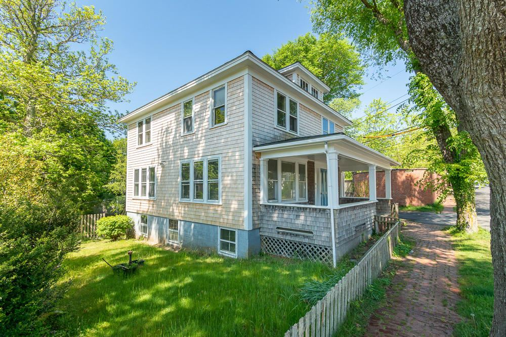 Photo of 21 Pleasant Street, Nantucket, MA 02554 (MLS # 22103068)