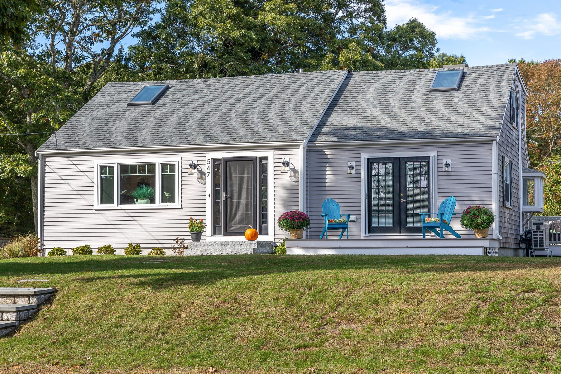 Photo of 547 Shootflying Hill Road, Centerville, MA 02632 (MLS # 22106285)