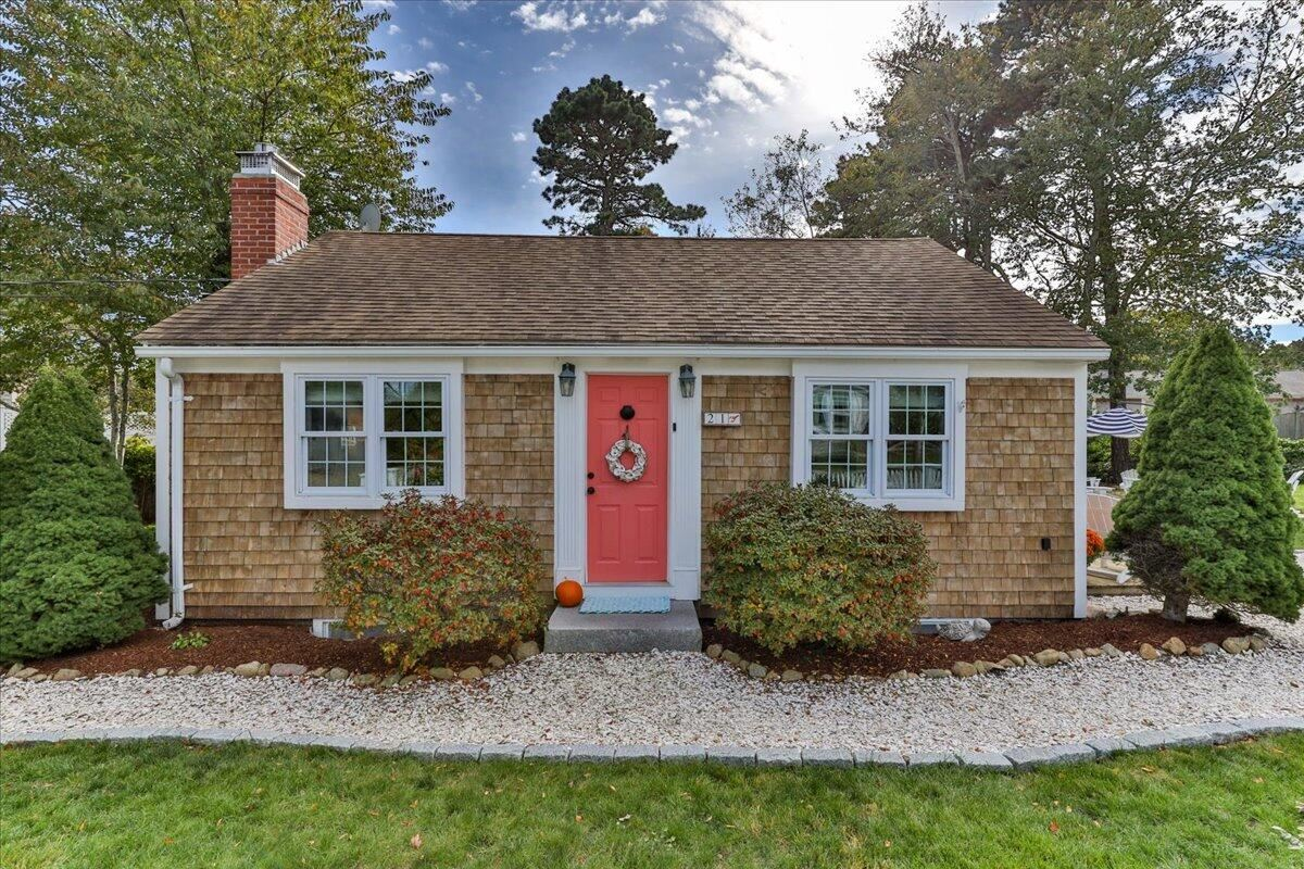 Photo of 21 Uncle Franks Road, West Dennis, MA 02670 (MLS # 22106325)