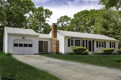 Photo of 16 Carrie Lee's Way, Centerville, MA 02632 (MLS # 22103344)