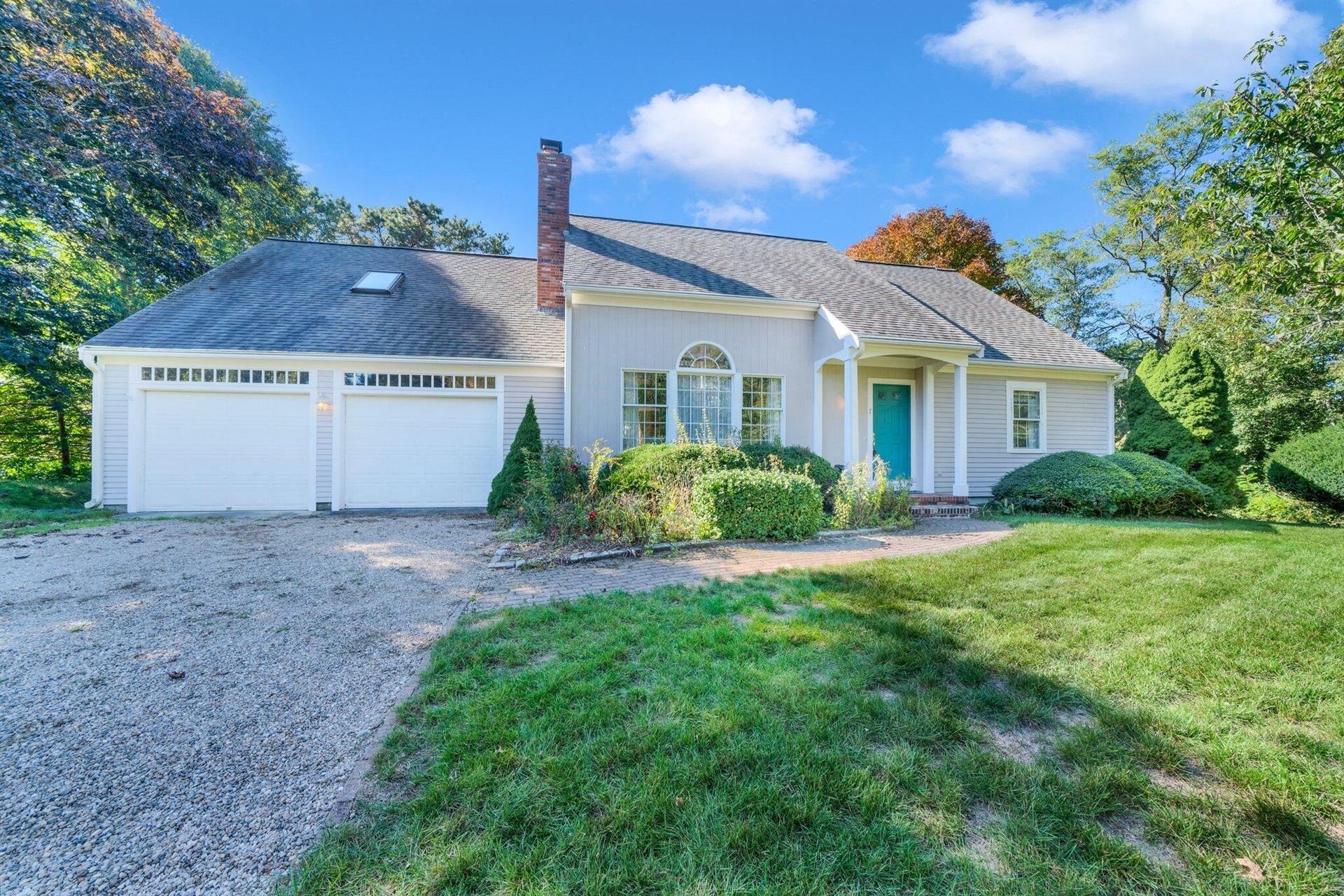 Photo of 7 Abbey Gate Road, Cotuit, MA 02635 (MLS # 22106410)