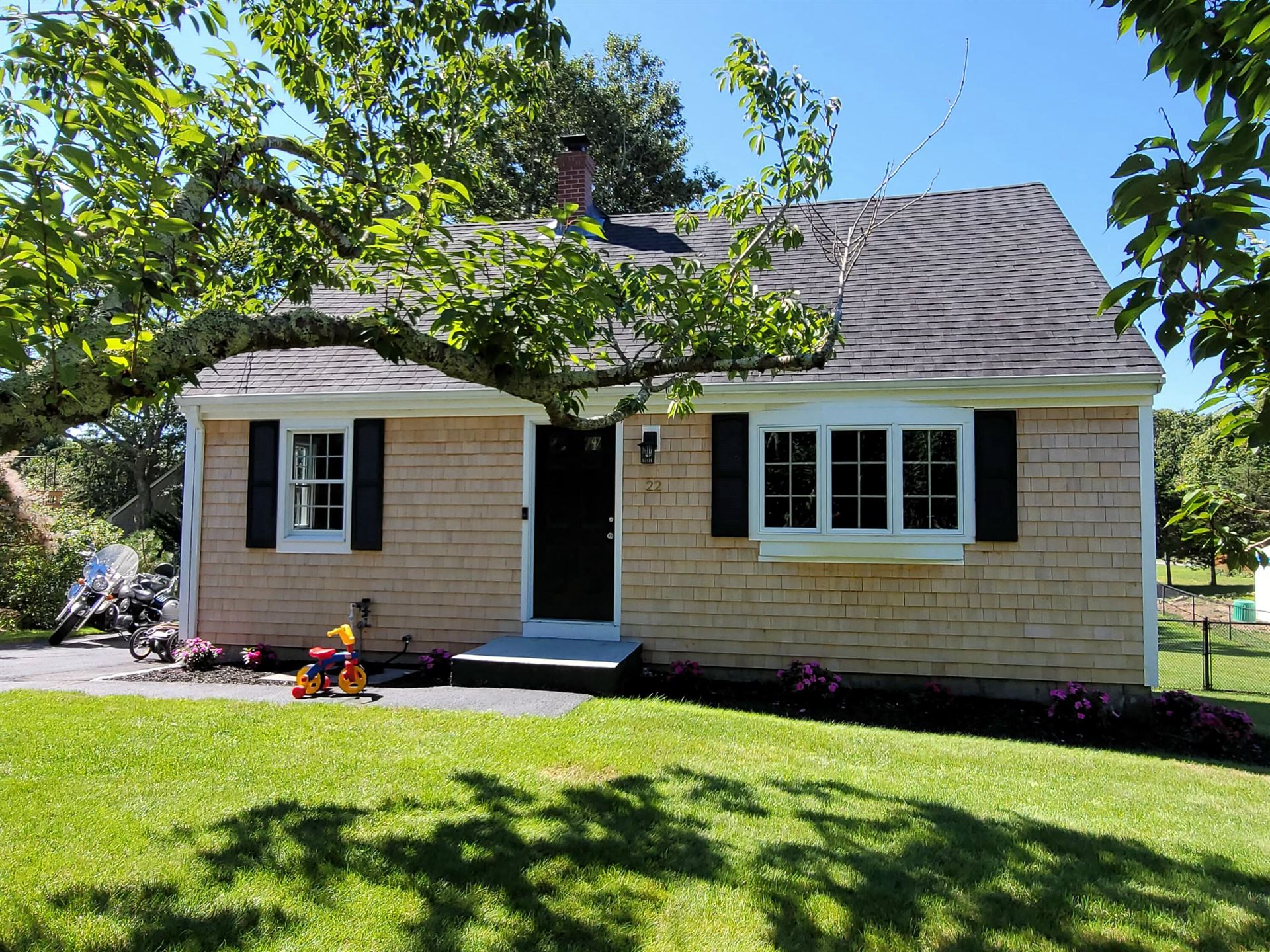Photo of 22 Clay Pond Road, Monument Beach, MA 02553 (MLS # 22105418)