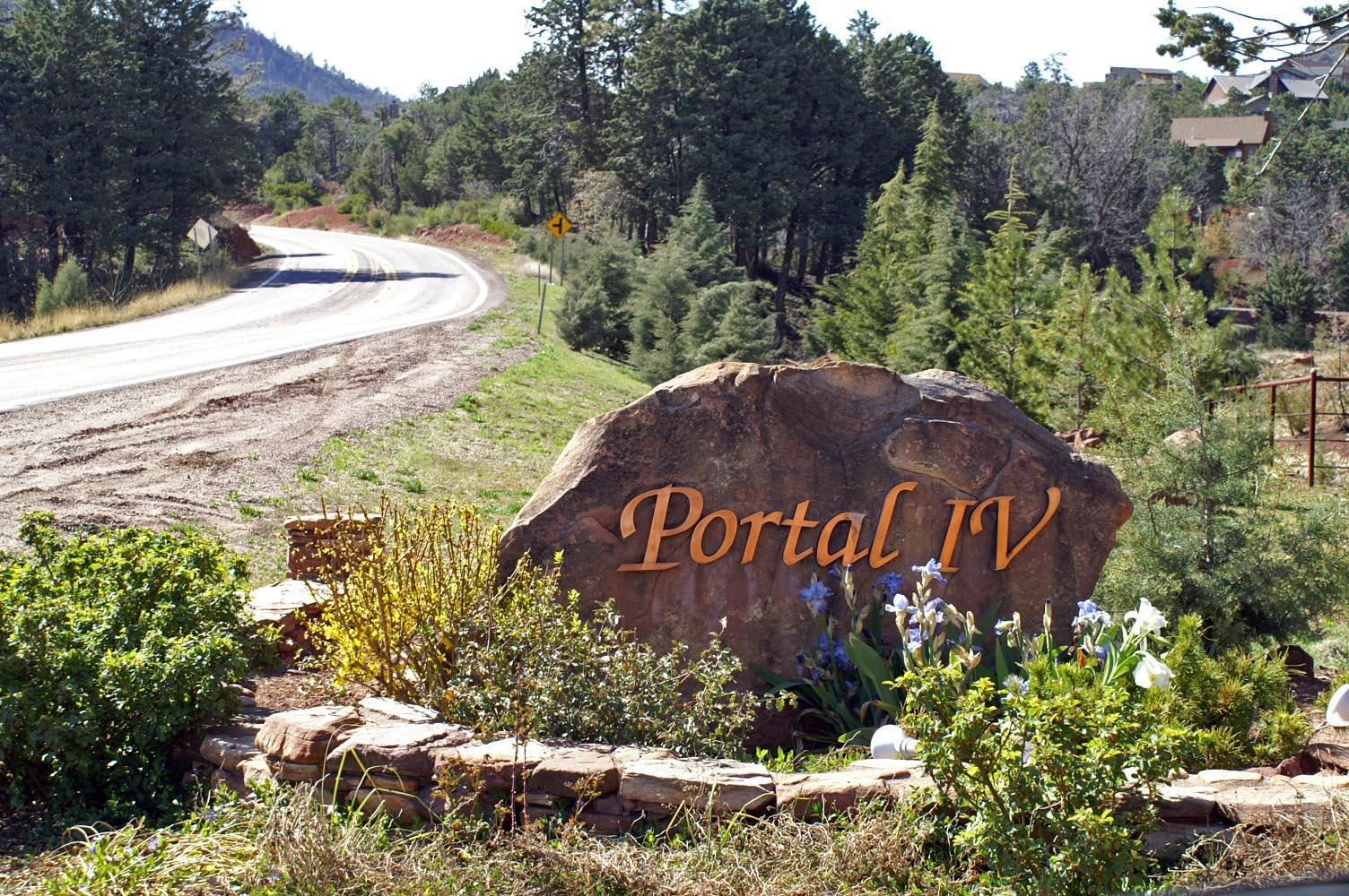 Photo of 4405 N Eagle Feather Cir #158, Pine, AZ 85544 (MLS # 81755)