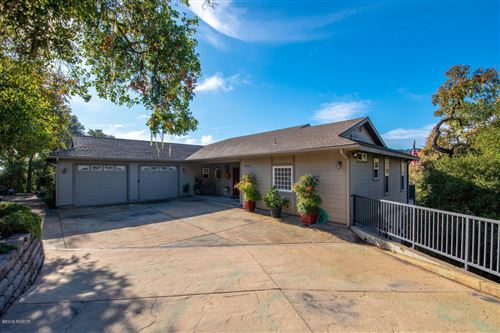 Photo of 8380 Alta Vista Avenue, Atascadero, CA 93422 (MLS # 19003082)
