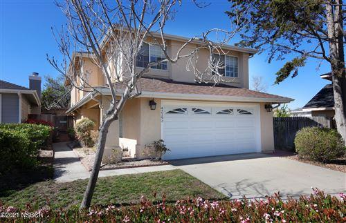 Photo of 4219 Breezy Glen Drive, Santa Maria, CA 93455 (MLS # 21000458)
