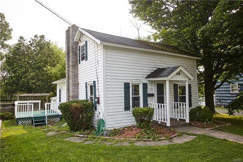 Photo of 22 Scotch Hill Road, Marcellus, NY 13108 (MLS # S1353006)