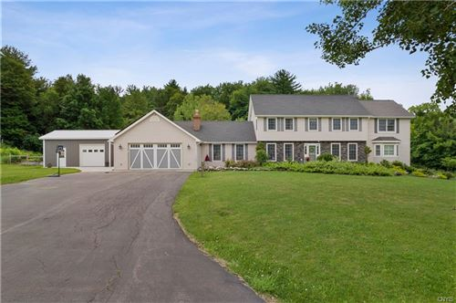 Photo of 4284 Fraser Fir Drive, Manlius, NY 13104 (MLS # S1351018)
