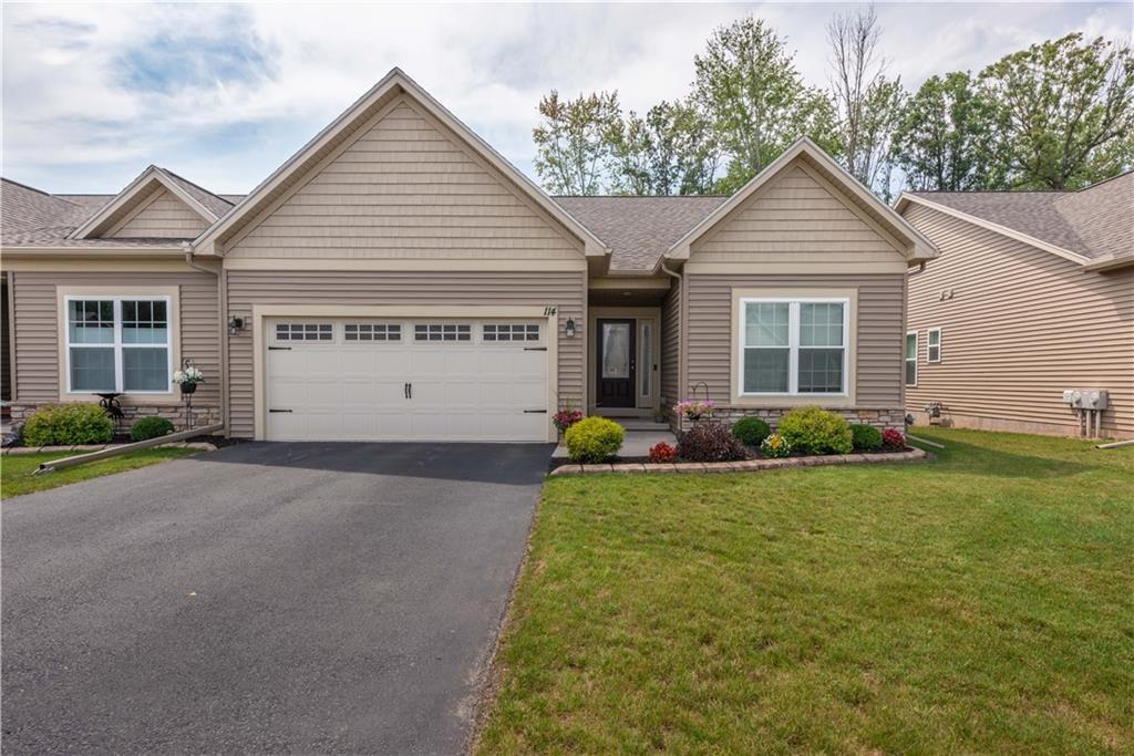 114 Golden Oaks Way, Rochester, NY 14624 - MLS#: R1356024