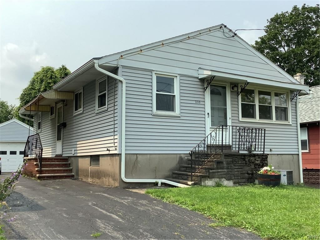 233 Roxford Road N, Syracuse, NY 13208 - MLS#: S1353036