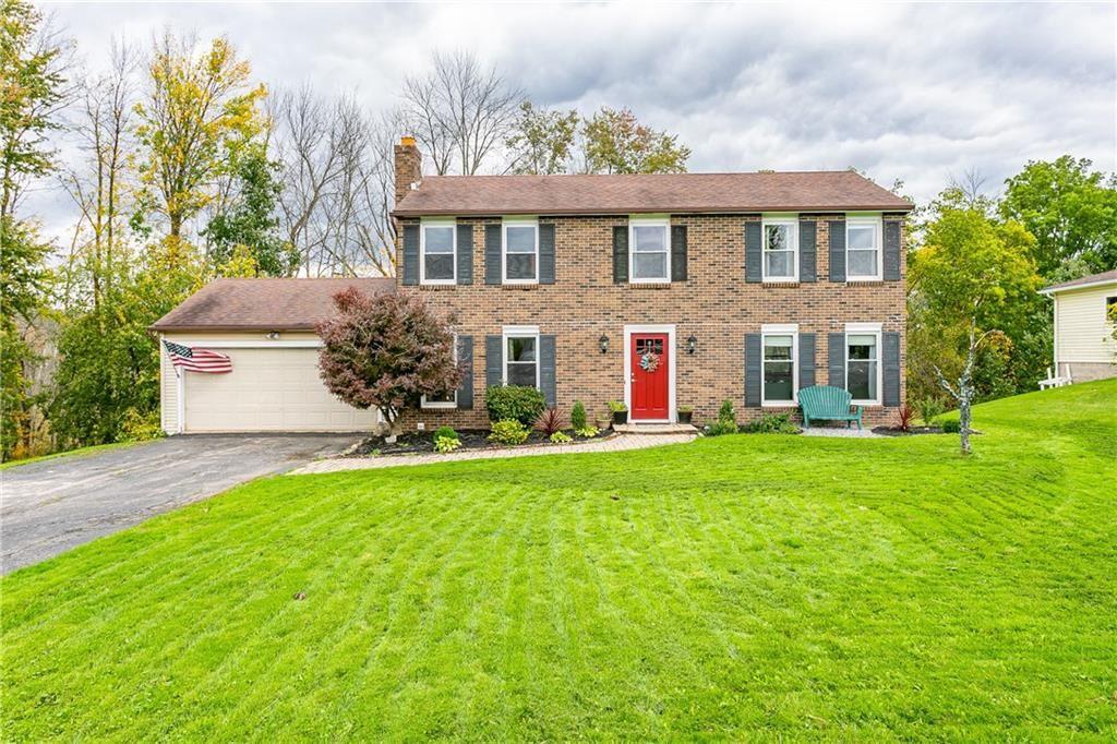 8 Rosscommon Crescent, Fairport, NY 14450 - MLS#: R1373055