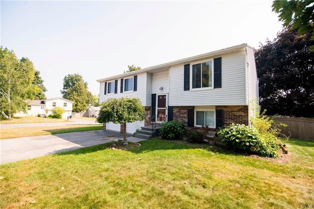 4117 Tannis Terrace, Liverpool, NY 13090 - #: S1297057
