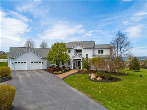 Photo of 15 Deer Run, Skaneateles, NY 13152 (MLS # S1260074)