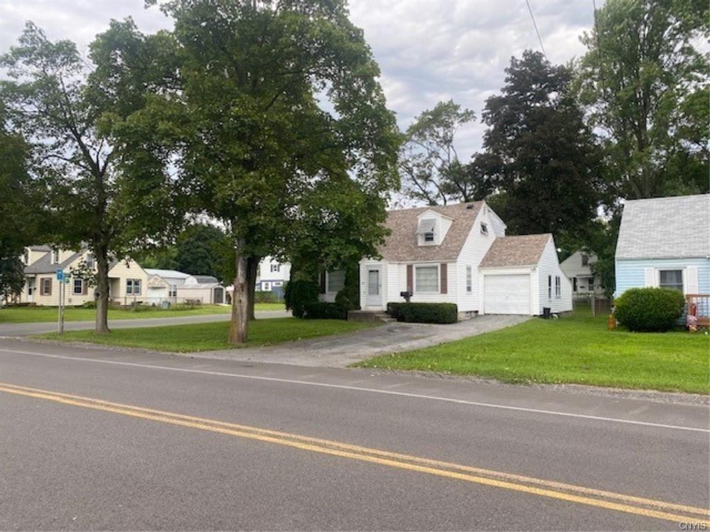 411 Molloy Road E, Syracuse, NY 13211 - MLS#: S1355082