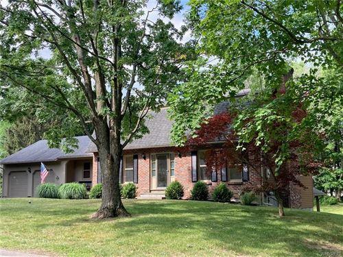 Photo of 105 Cammot Lane, Fayetteville, NY 13066 (MLS # B1348085)