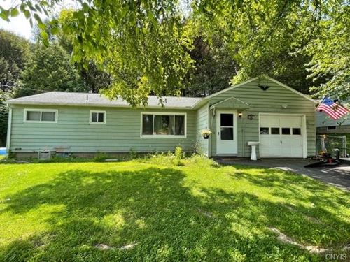 Photo of 327 Dickerson Drive N, Camillus, NY 13031 (MLS # S1357102)