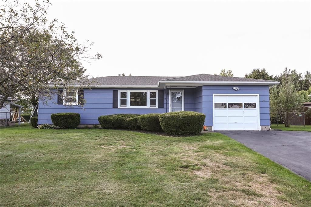 291 Heberle Rd, Rochester, NY 14609 - MLS#: R1368105