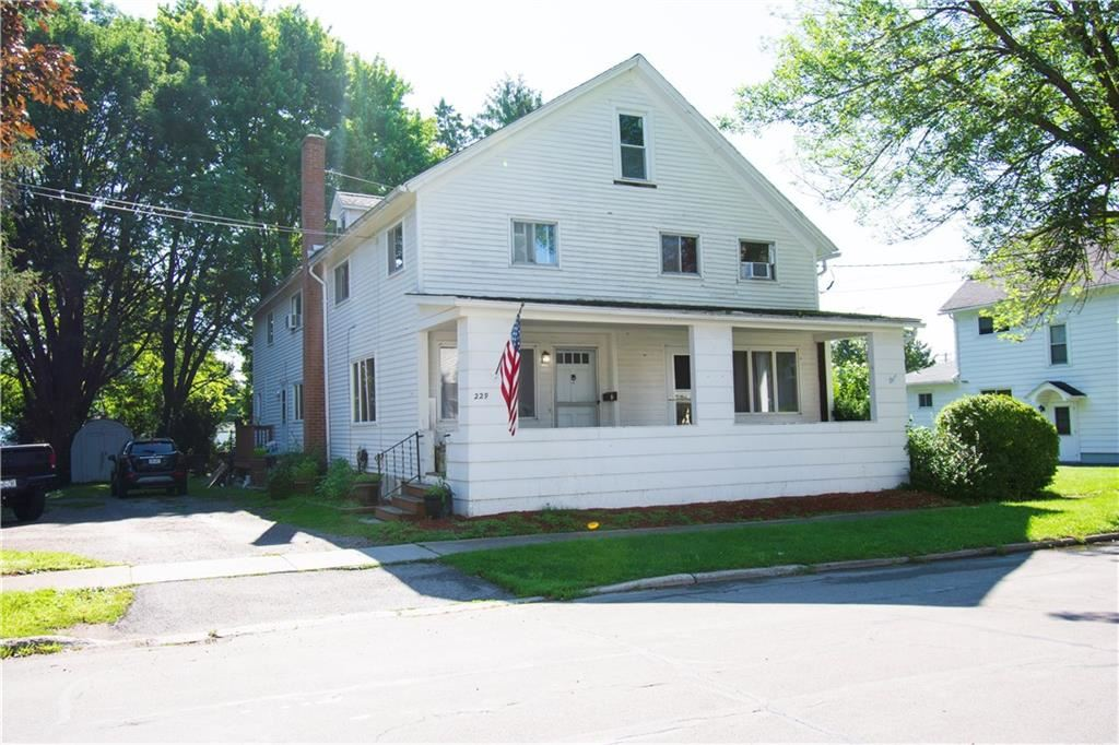 229 S Swan Street, Batavia, NY 14020 - MLS#: R1358140