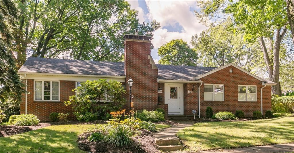 101 Radcliffe Road, Rochester, NY 14617 - MLS#: R1364153