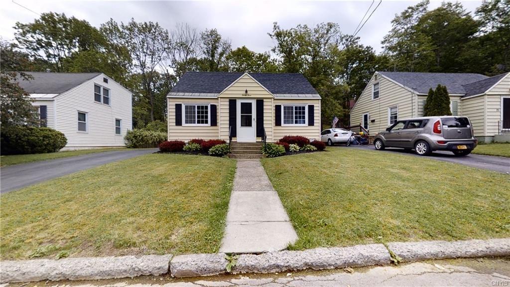 23 Woodlawn Avenue E, Utica, NY 13501 - MLS#: S1341153