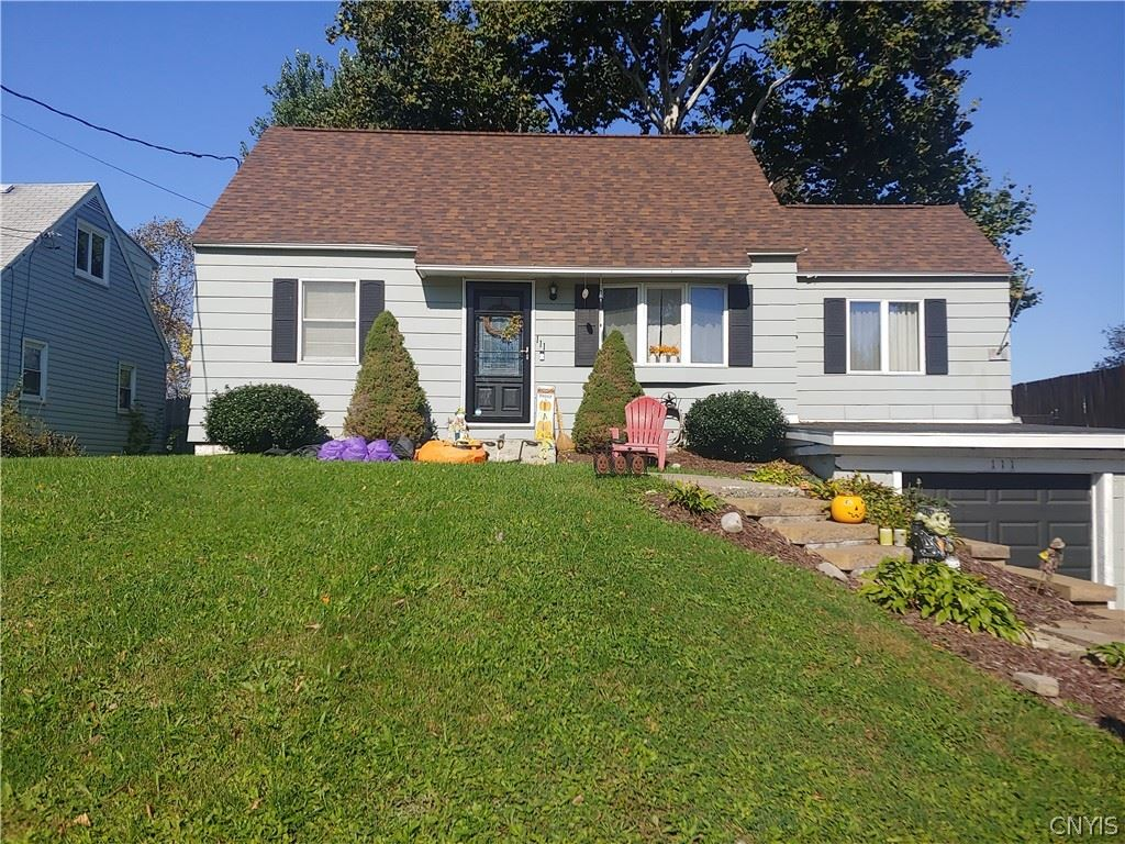 111 Clearview Drive, Syracuse, NY 13219 - MLS#: S1373154