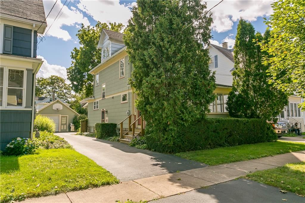 220 East Avenue, East Rochester, NY 14445 - MLS#: R1365167