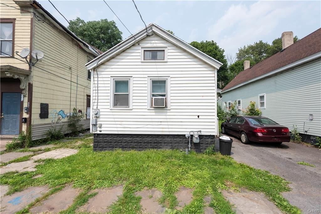 218 Lilac Street, Syracuse, NY 13208 - MLS#: S1354174