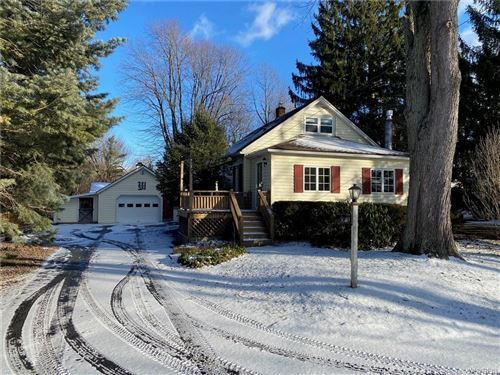 Photo of 1931 Hopkins Road, Getzville, NY 14068 (MLS # B1316204)