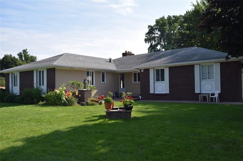 279 Red Hickory Drive, Rochester, NY 14626 - MLS#: R1356209