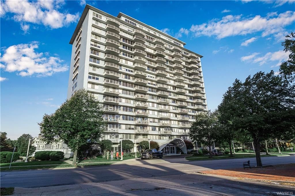 Photo for 1088 Delaware Avenue #15D, Buffalo, NY 14209 (MLS # B1370258)