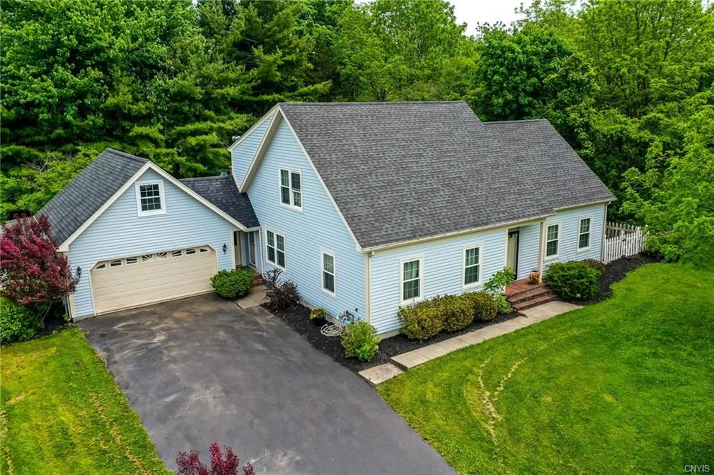 705 Greensview Drive, Watertown, NY 13601 - #: S1263271