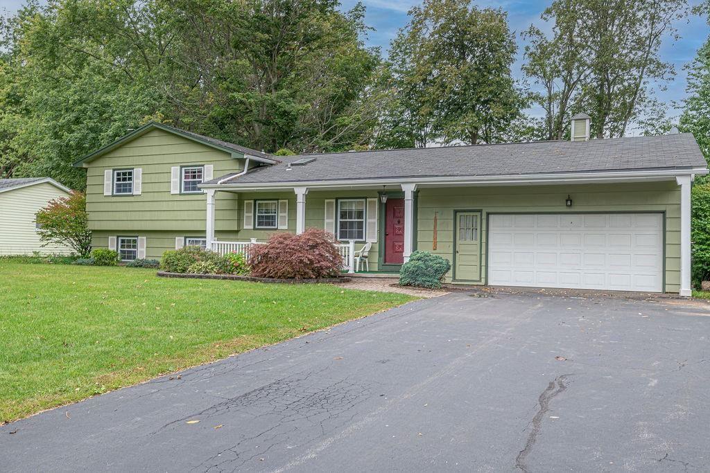33 Brian Drive, Rochester, NY 14624 - MLS#: R1366272