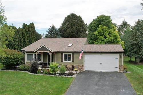 Photo of 211 Woodmont Drive, Camillus, NY 13031 (MLS # S1368276)