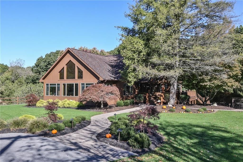 2334 Old Browncroft Boulevard, Rochester, NY 14625 - MLS#: R1374296