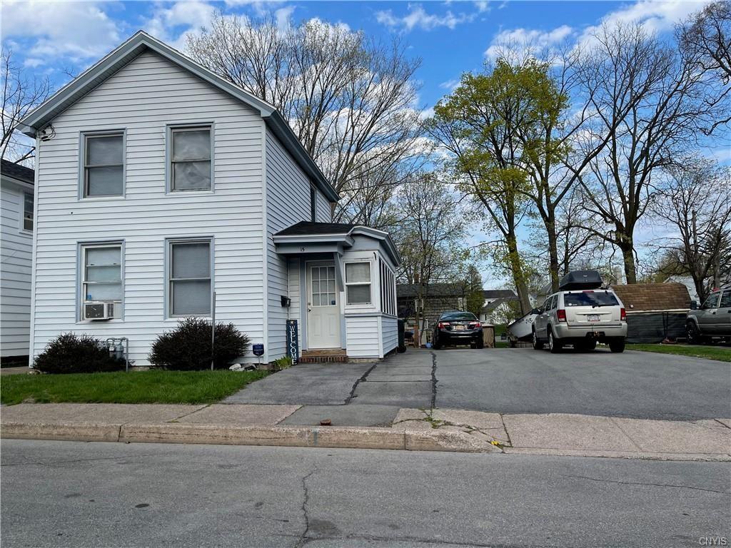 15 Dublin Street, Oswego, NY 13126 - MLS#: S1330296