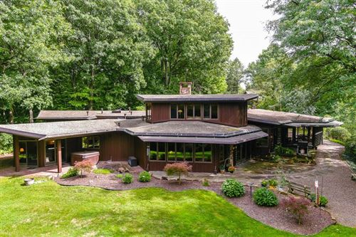 Photo of 745 Thayer Rd Road, Fairport, NY 14450 (MLS # R1292304)