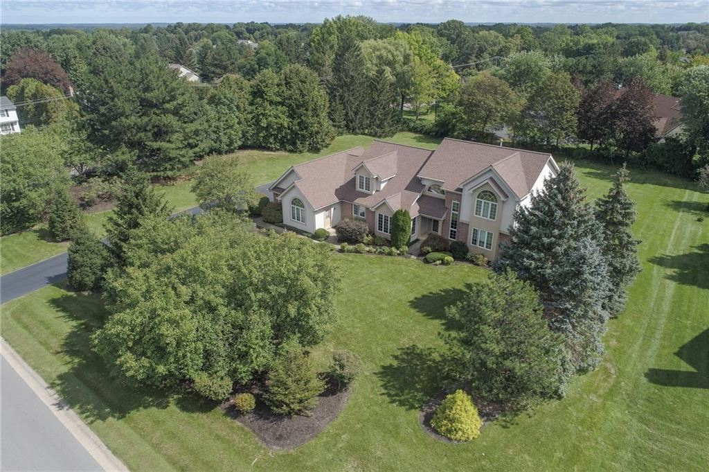 2 Wessex Court, Pittsford, NY 14534 - MLS#: R1363309