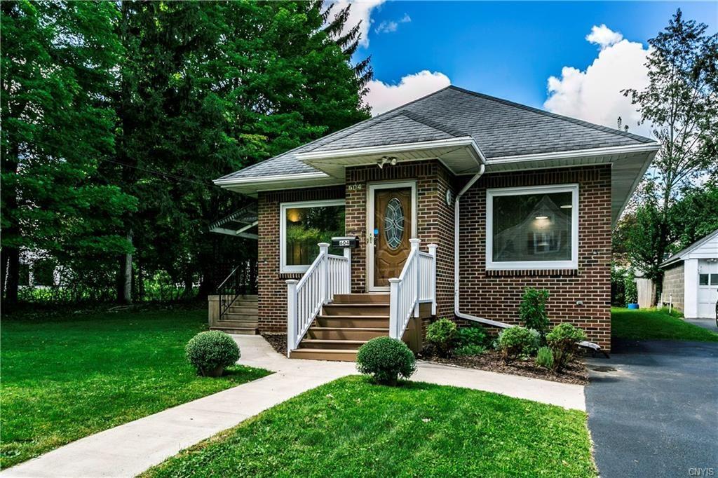 604 Montrose Avenue, Syracuse, NY 13219 - MLS#: S1364338