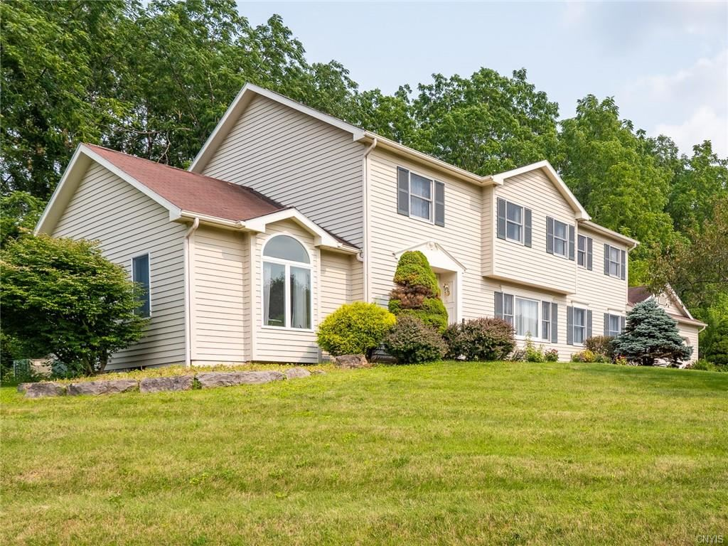 11 Signal Hill Road, Fayetteville, NY 13066 - MLS#: S1350339