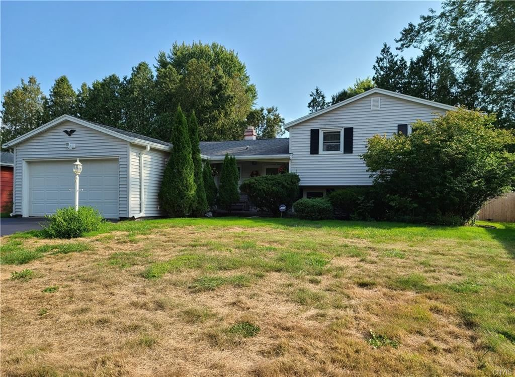 4124 Willowbrook Drive, Liverpool, NY 13090 - #: S1292347