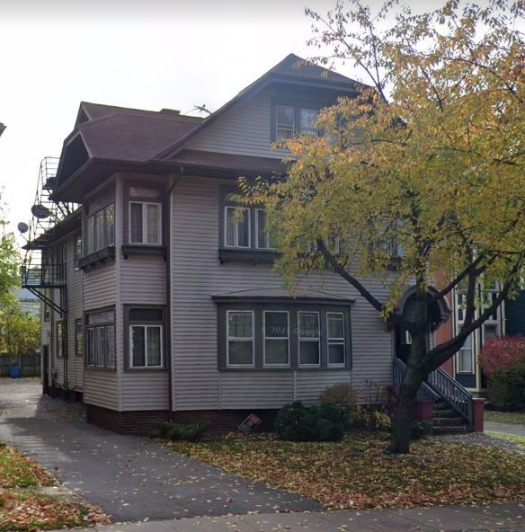 27 Lake View Park, Rochester, NY 14613 - MLS#: R1355372