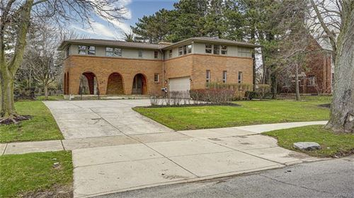 Photo of 291 Nottingham Terrace, Buffalo, NY 14216 (MLS # B1259379)