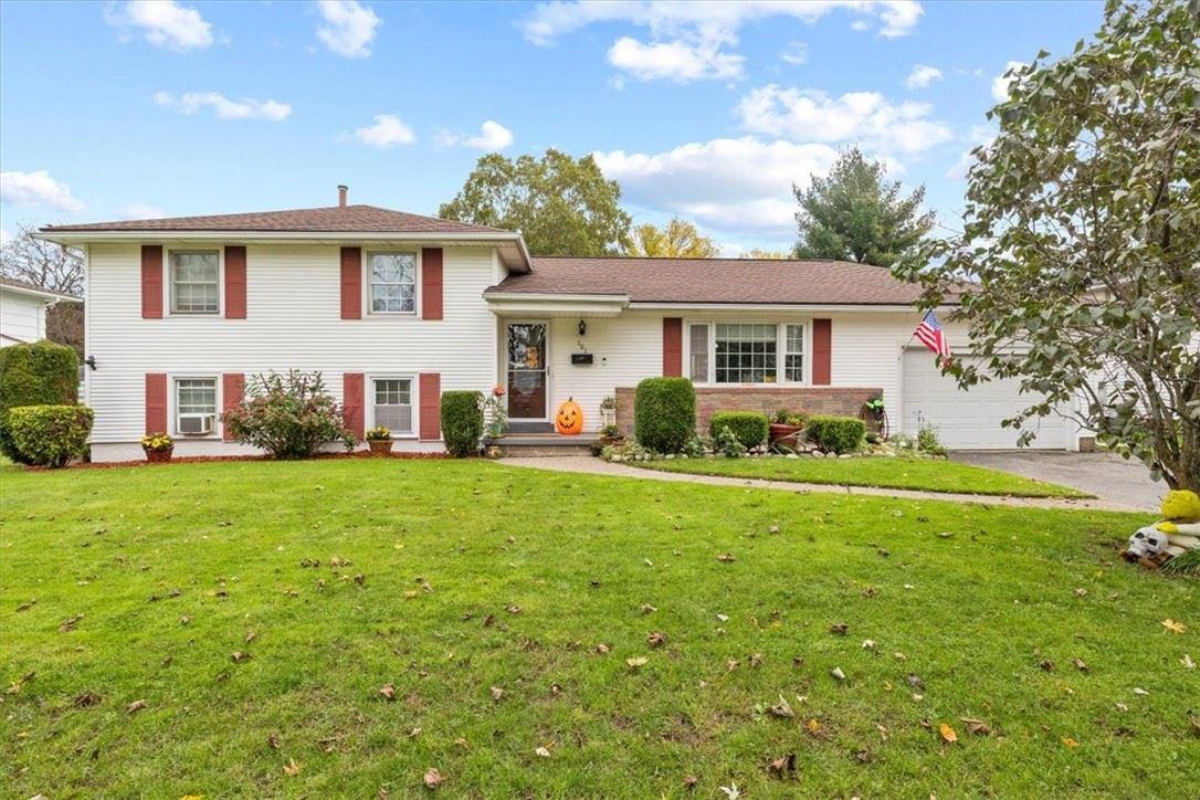 101 Edgebrook Lane, Rochester, NY 14617 - MLS#: R1374385