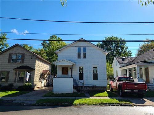 Photo of 20 Lake Avenue, Lancaster, NY 14086 (MLS # B1367388)