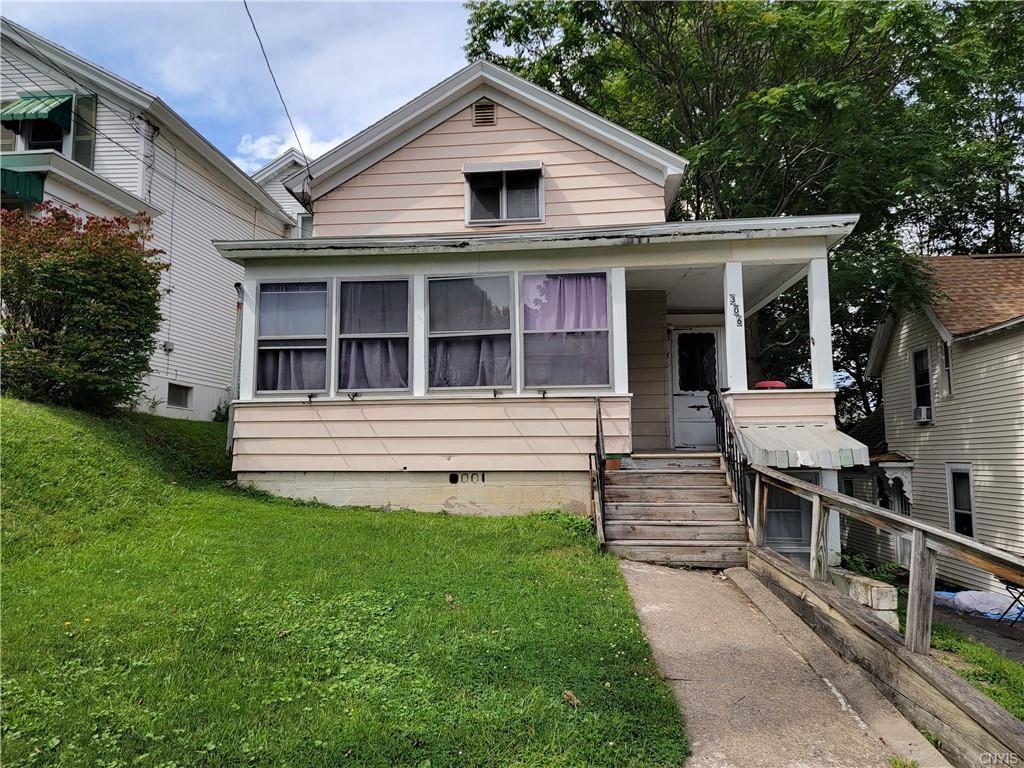 306 Schuyler Street, Syracuse, NY 13204 - MLS#: S1361390