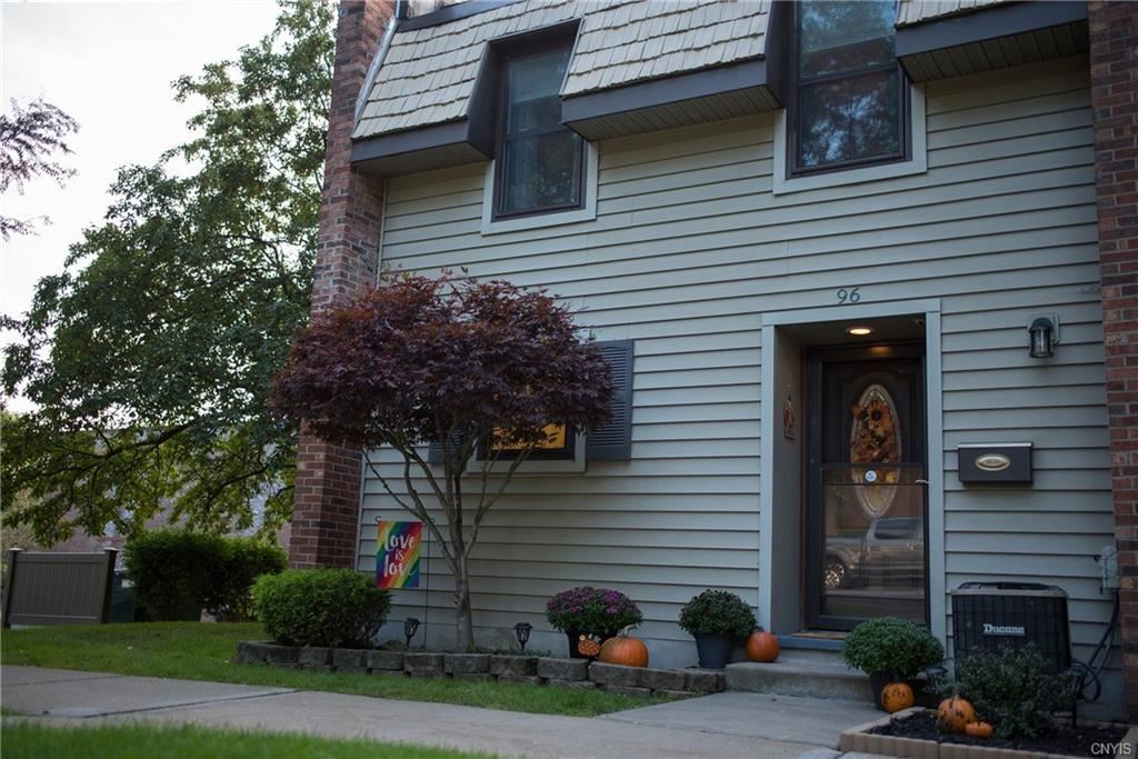 96 Chestnut, New Hartford, NY 13413 - MLS#: S1368399