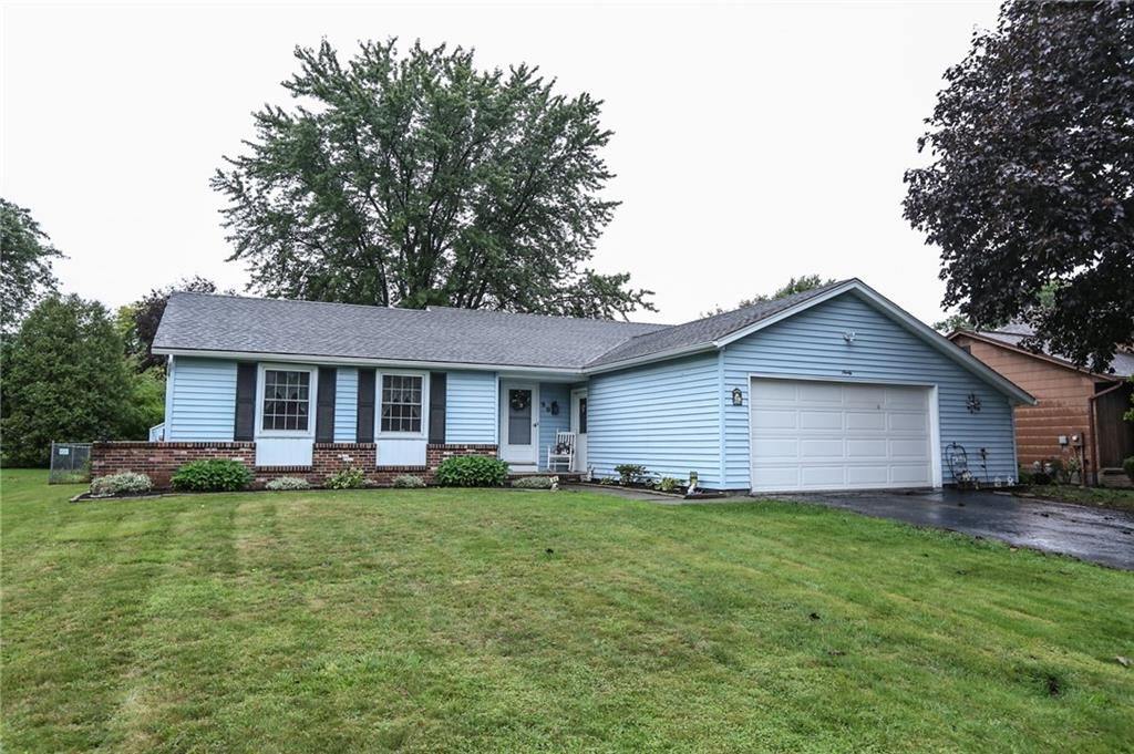 90 Troutbeck Lane, Rochester, NY 14626 - MLS#: R1367404