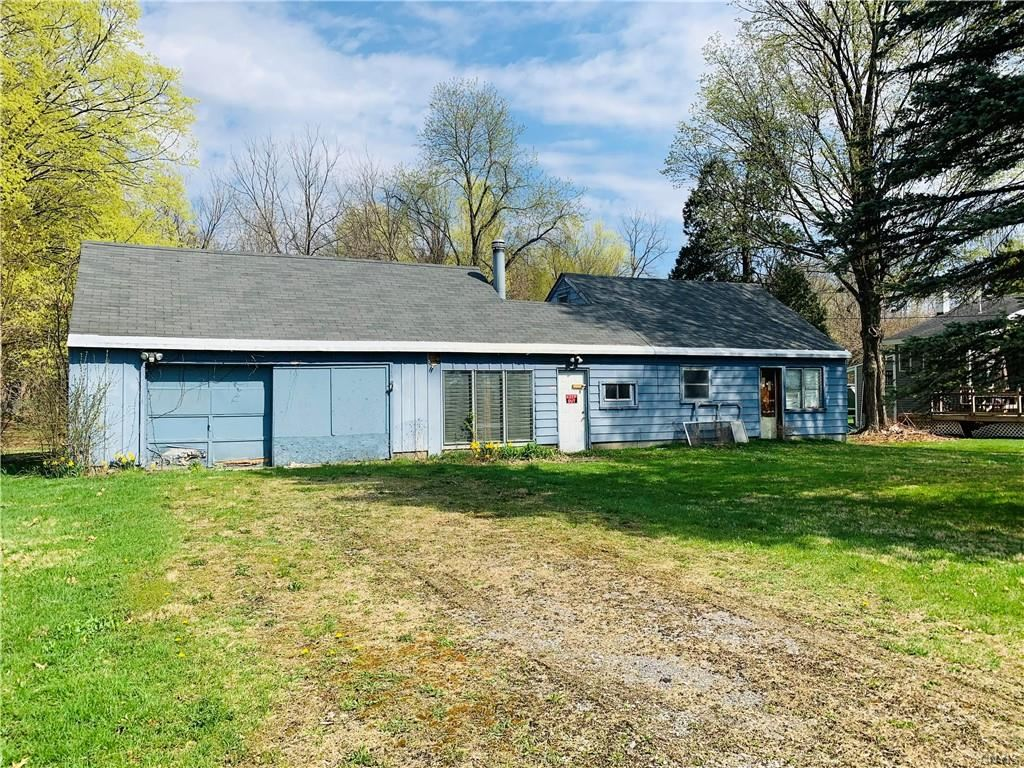 4073 Elmcrest Road, Liverpool, NY 13090 - #: S1330417
